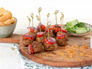Schouten Europe: manufacturer vegetarian en vegan meat substitutes: Vegetarian Nut Bites
