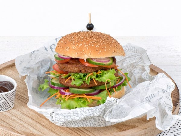 Schouten Europe - Manufacturer of meat substitutes: Vegetarian Hamburger
