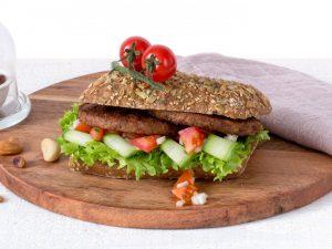Meat substitute: Vegetarian nut burger