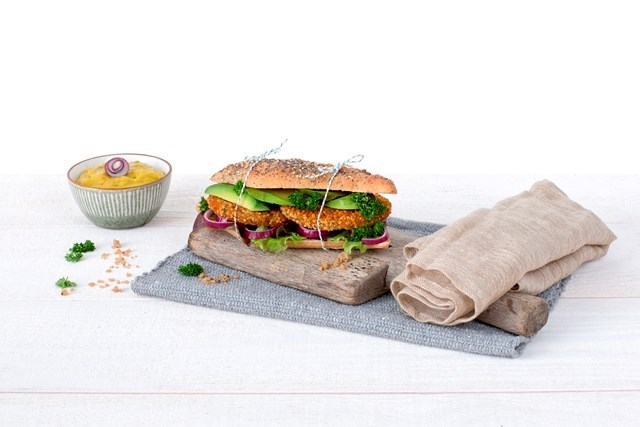 Schouten Europe - Manufacturer of meat substitutes: Vegan Bean Quinoa Burger