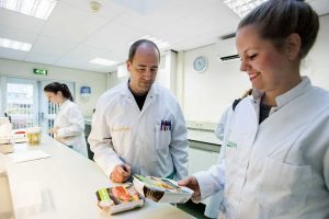 Laboratorium waar onze vleesvervangers worden gecontroleerd