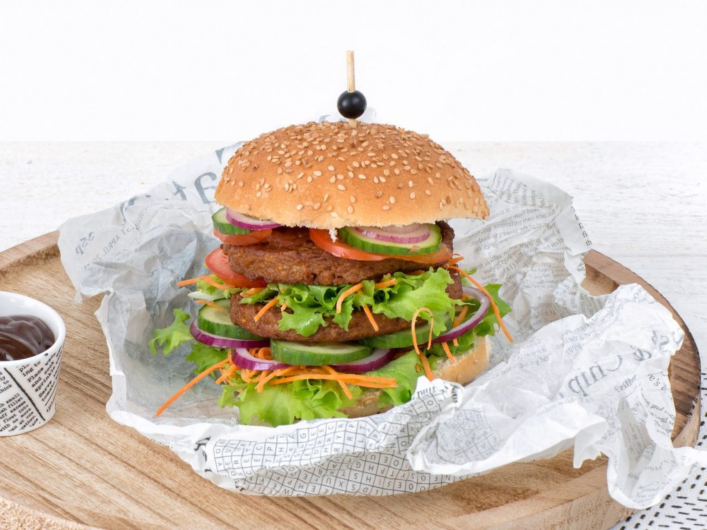 Schouten Europe: Meat substitute Vegetarian Hamburger