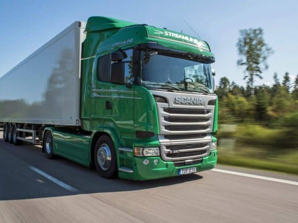 Schouten Specialist in the development of plant-based products - Green-Scania-Truck - Plant-based expertise voor de retail