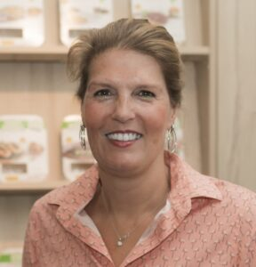 Angèle van der Lee - Sales Support Specialist