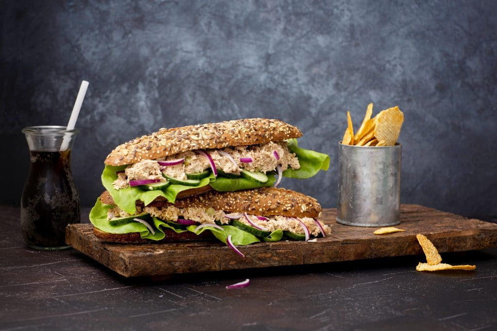 Schouten Europe: specialist in plant-based protein products: Plant-based Tuna sandwich