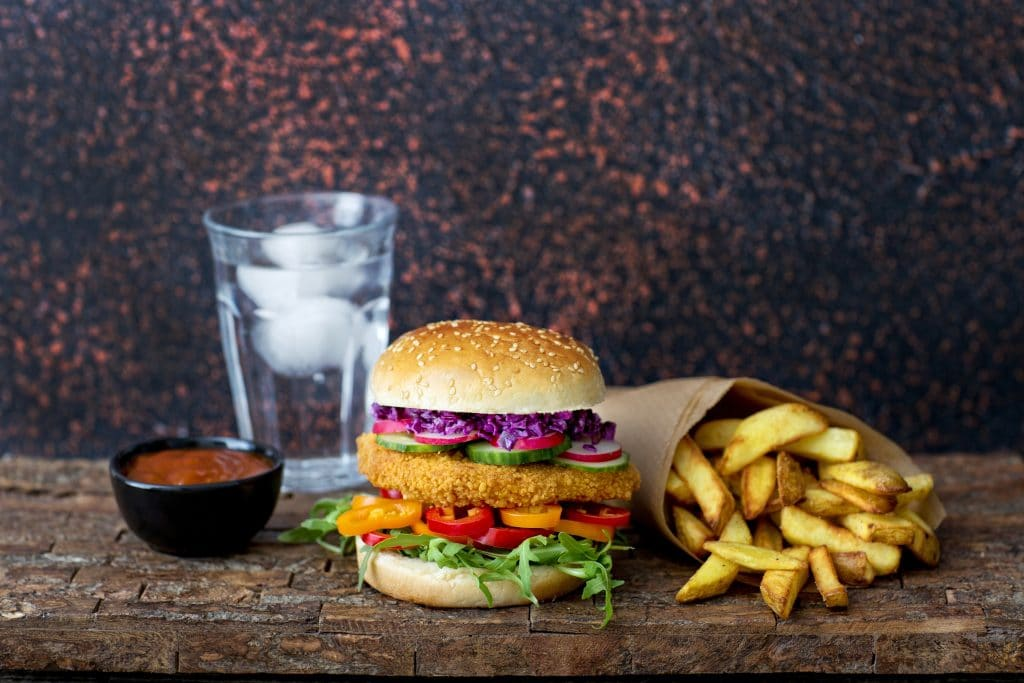Schouten Europe: specialist in plant-based protein products: Plant-based chickenless burger
