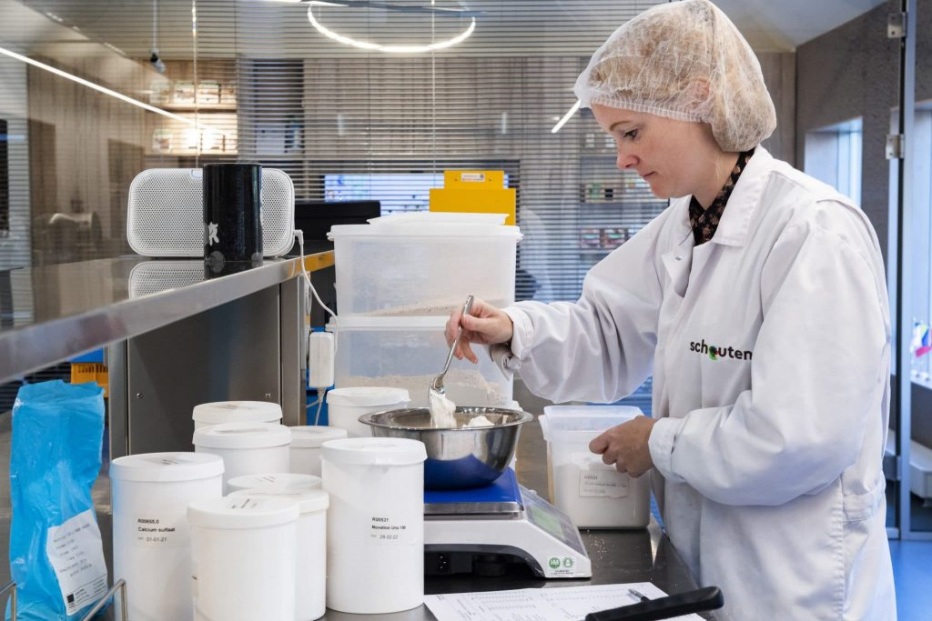 Schouten Europe: manufacturer vega en vegan meat substitutes: plant-based protein