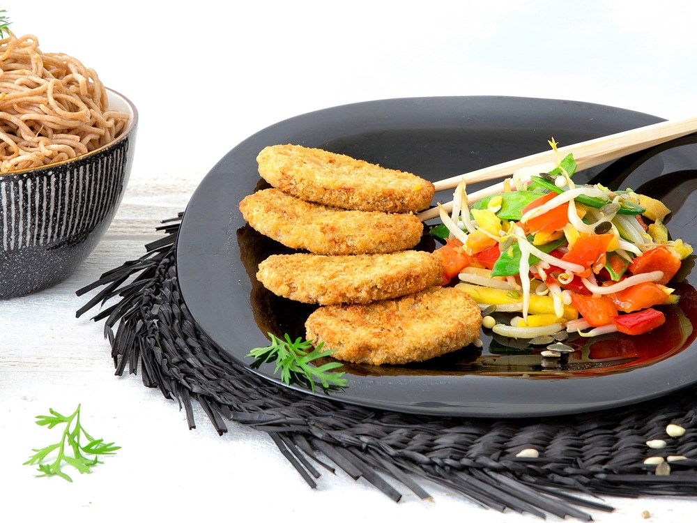 Schouten Europe - Manufacturer of meat substitutes: Vegan Curry Burger Thai Style