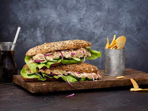 Sandwich with Vegan Green Tuna - Schouten specialist in plant-based protein products