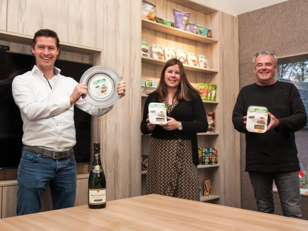 Schouten Specialist in the development of plant-based products - Award Lentil Burger Innova Classic