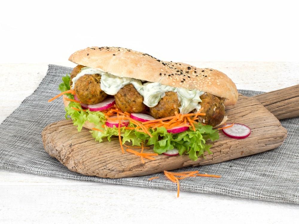 Schouten Europe - Produzent Fleischersatz: Vegane Falafel Ackerbohnen