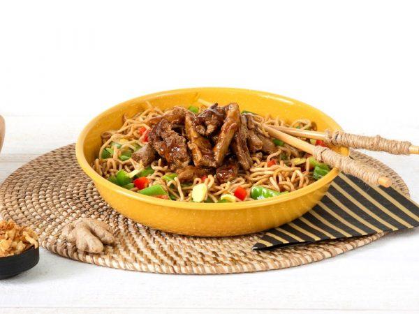 Schouten Europe - Manufacturer of meat substitutes: Vegan Beefless Pieces