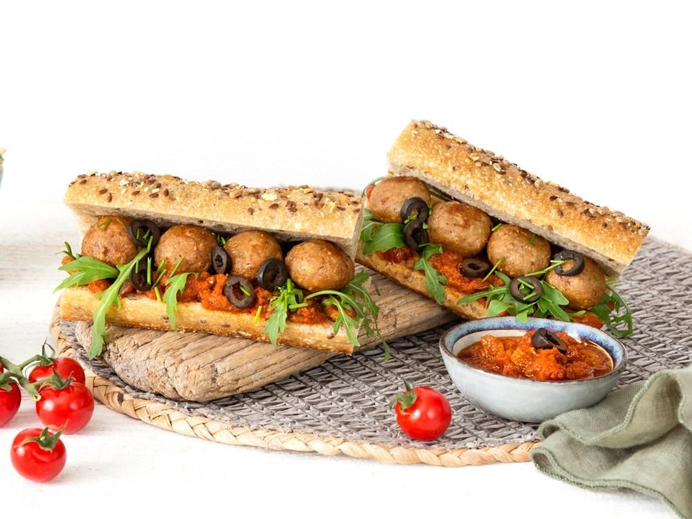 Schouten Europe - Manufacturer of meat substitutes: Vegan Snack Balls